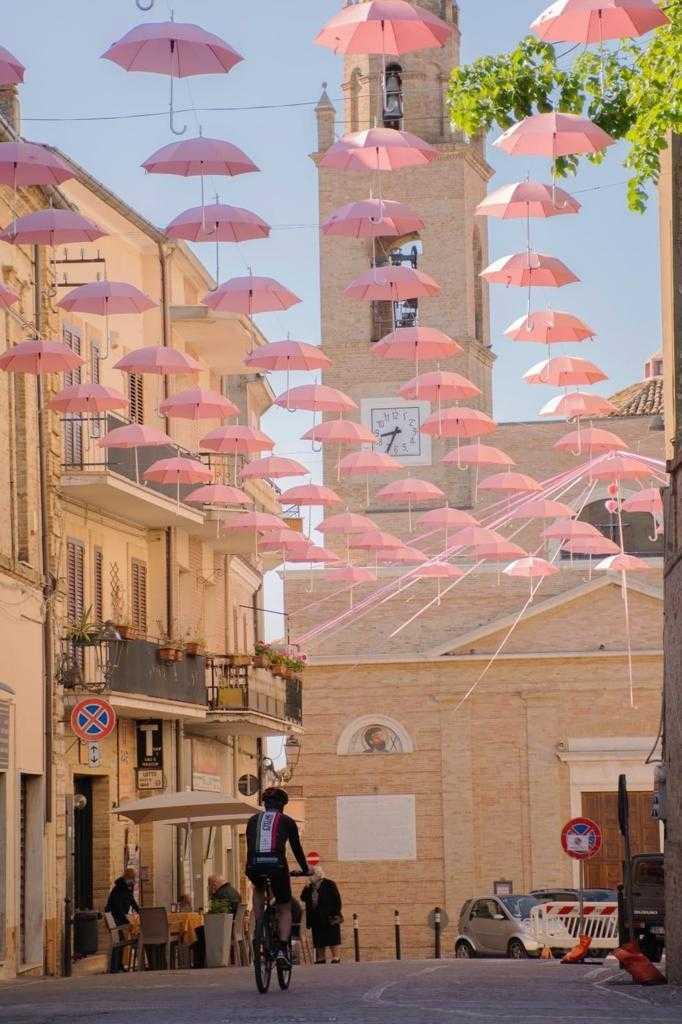 Silvi, venerdì scuole chiuse e traffico interdetto per il passaggio del Giro d'Italia