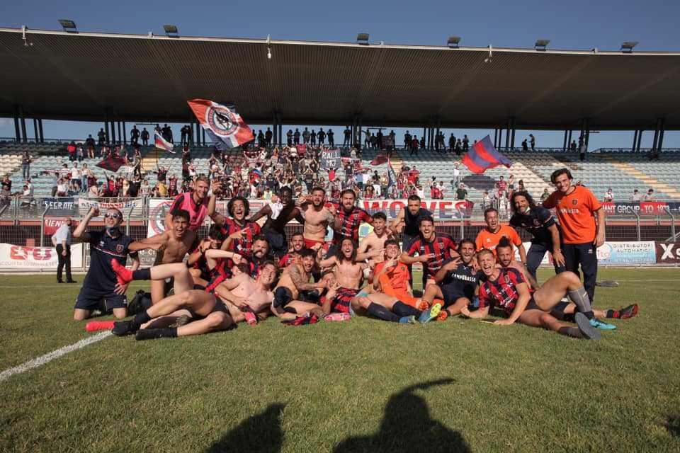 Calcio D/F, il Campobasso vince a Rieti e conquista la serie C