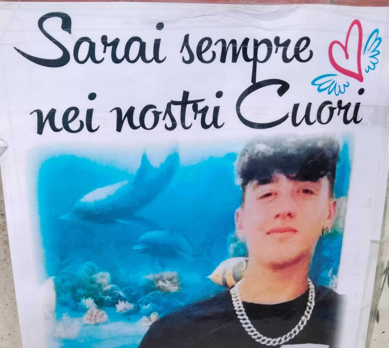 VIDEO  e FOTO| Corropoli, l'ultimo saluto a Daniele Velaj