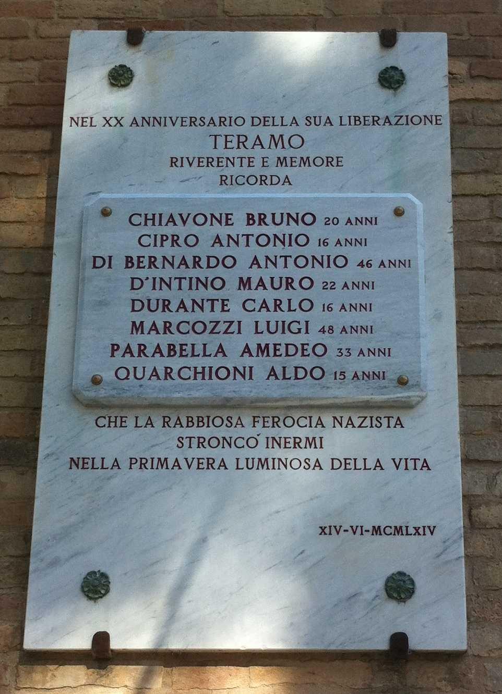 FOTO | Eccidio 13 giugno '44: ANPI Teramo ricorda gli 8 martiri di Largo Madonna delle Grazie