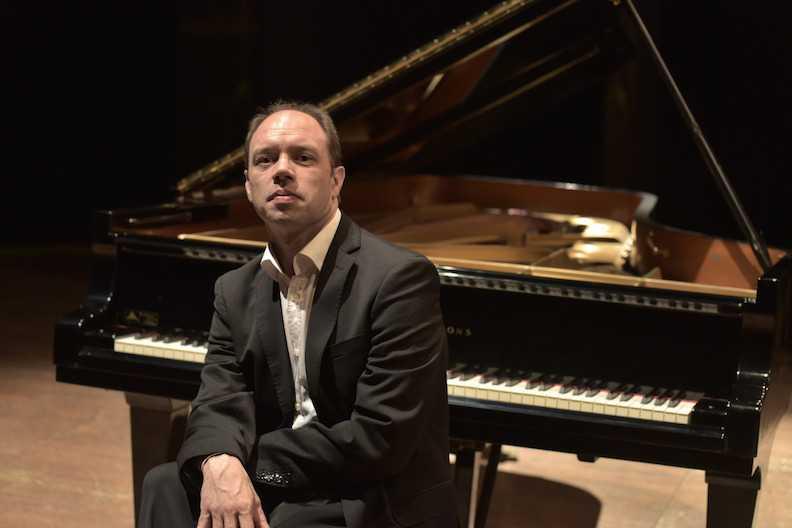 Ultimo appuntamento della Riccitelli con il virtuosismo del pianista Olaf John Laneri