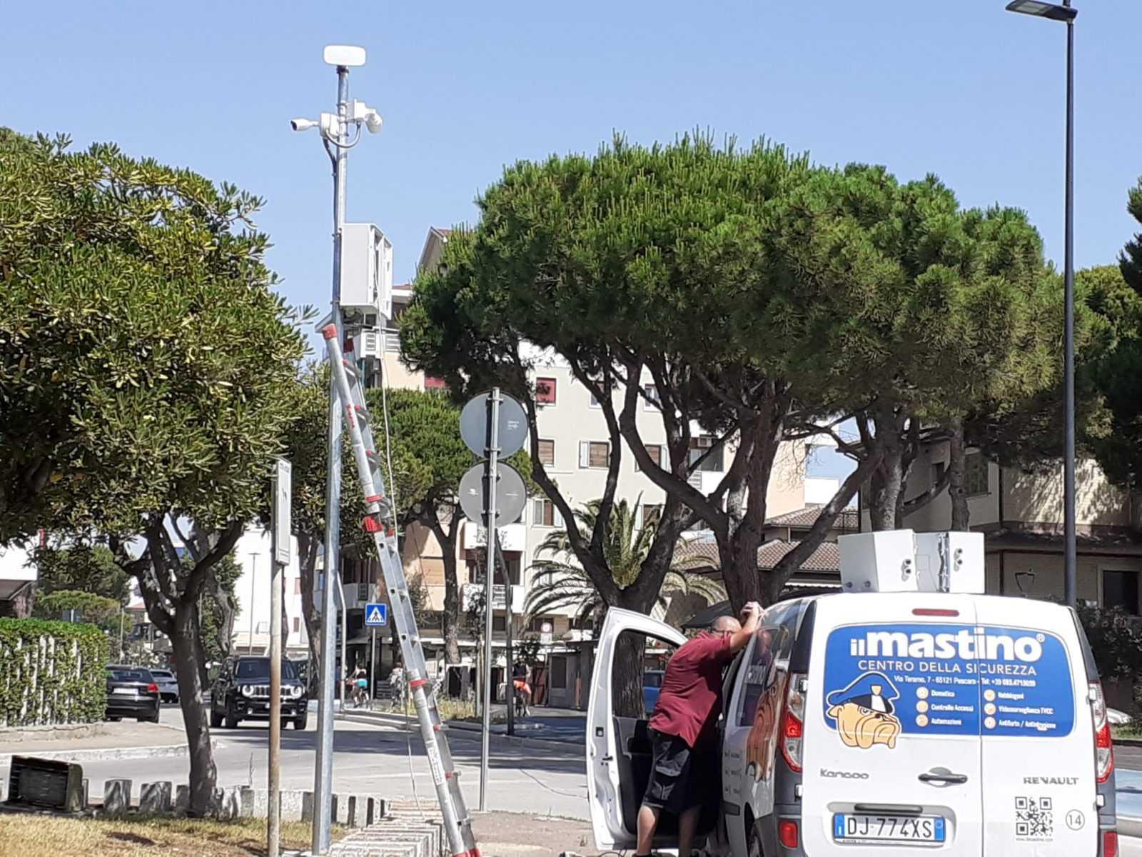Silvi, attive 11 videocamere su 20. A fine giugno sarà completata intera rete videosorveglianza