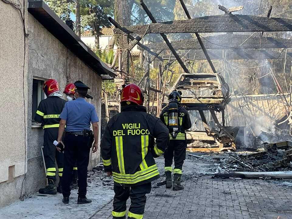 Giulianova, prime disposizioni per l'incendio di Via Marzabotto