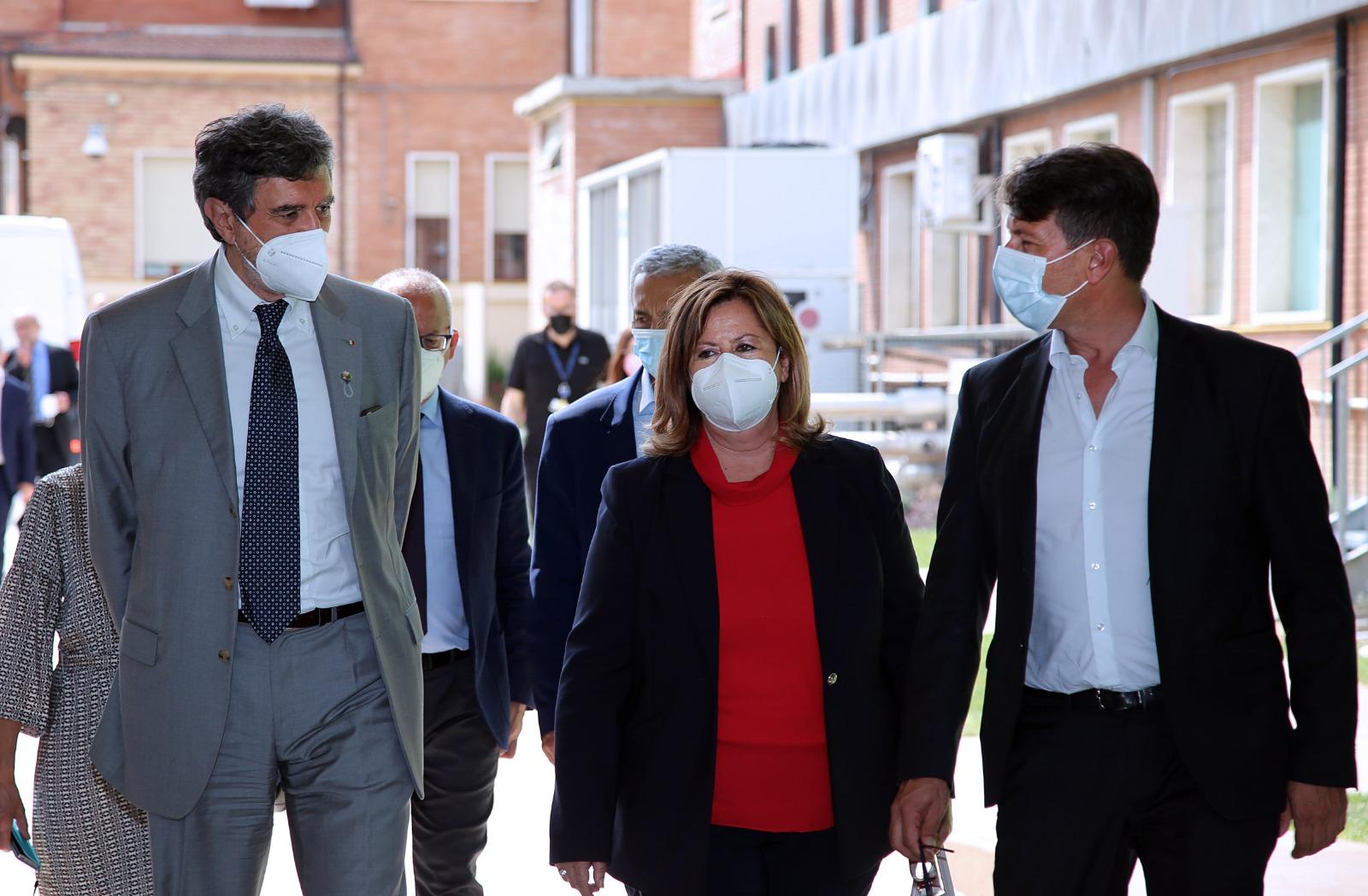 Covid, Marsilio, dal Sottosegretario alla Salute Abruzzo esempio da seguire nella lotta alla pandemia