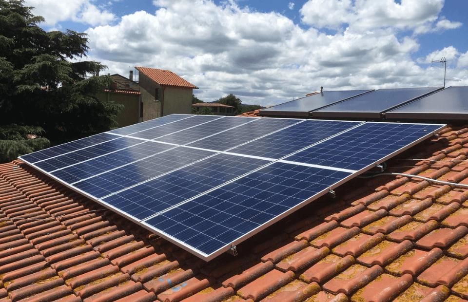 Fotovoltaico cresce in Abruzzo, presto comunità energetiche