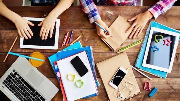 Scuola, circa il 30% dei 13enni non sa scaricare file da piattaforma scuola