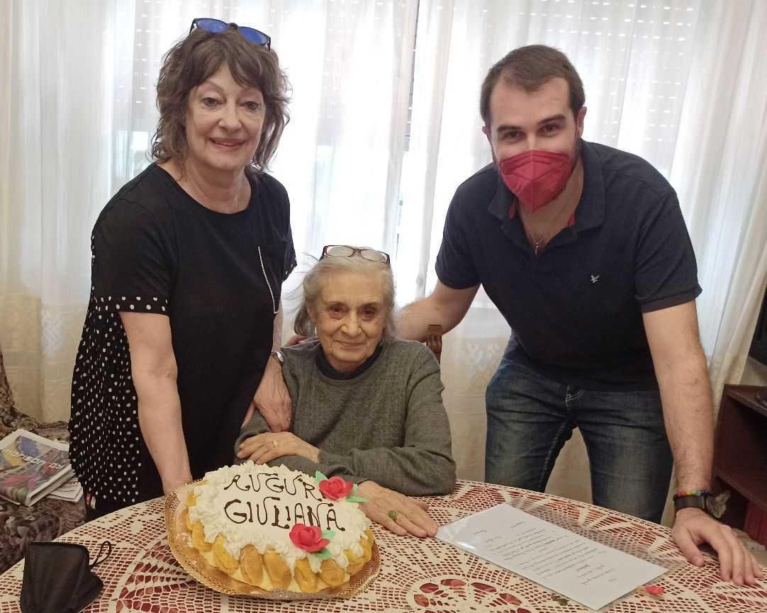 Giuliana Valente compie 90 anni: auguri dall'Anpi alla staffetta partigiana