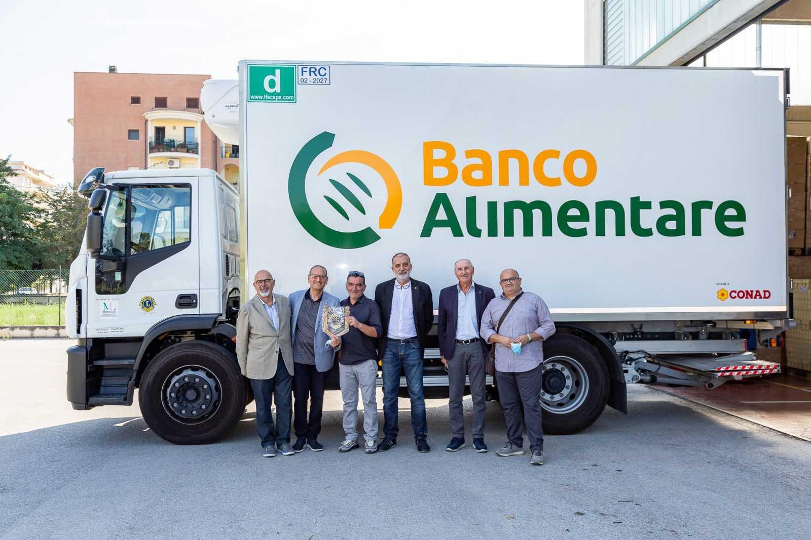 Banco Alimentare, acquisto di un nuovo camion grazie al contributo dei Lions