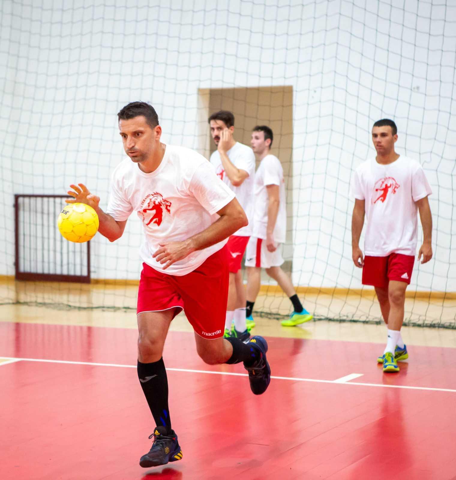 Handball A2, continua la favola Di Marcello in casa Lions