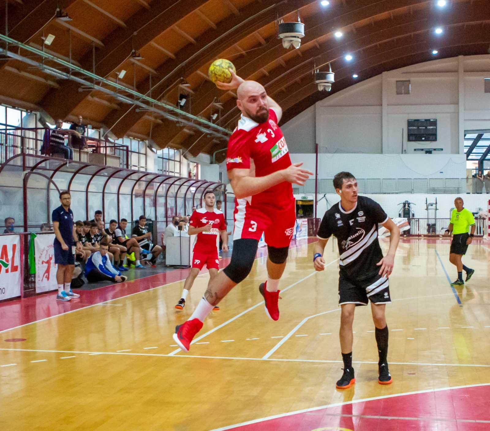 Handball A2, Lions già con la testa in Romagna: c'è da cancellare lo stop dell'esordio