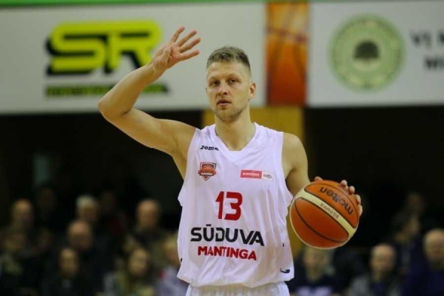 Basket C Gold, due nuovi innesti nella Farnese: il play-guardia Sabeckis e l'ala grande Padovano