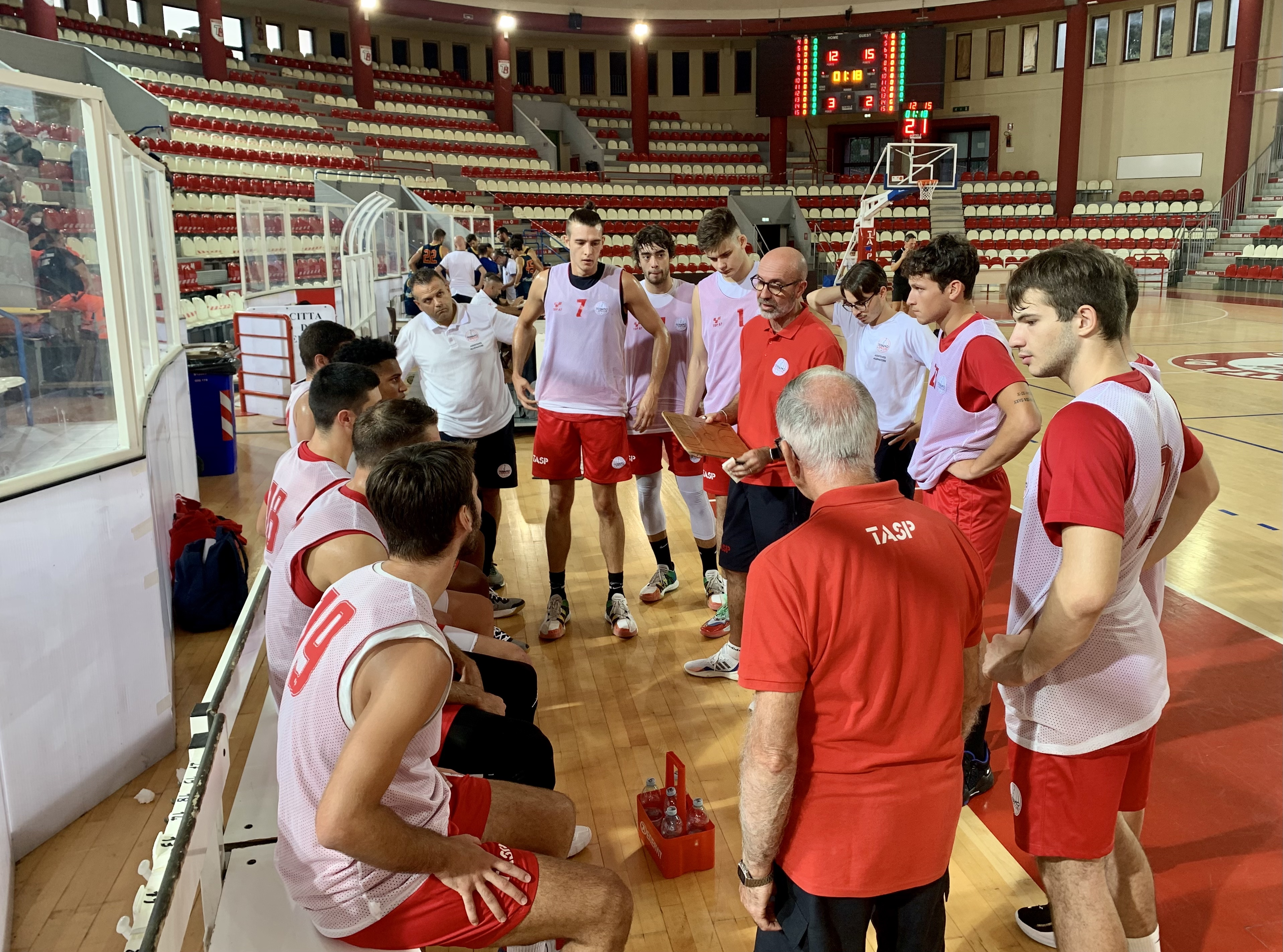 Basket B, Rennova Teramo vince sul Giulia Basket: torna in attivo il bilancio delle vittorie in pre-stagione