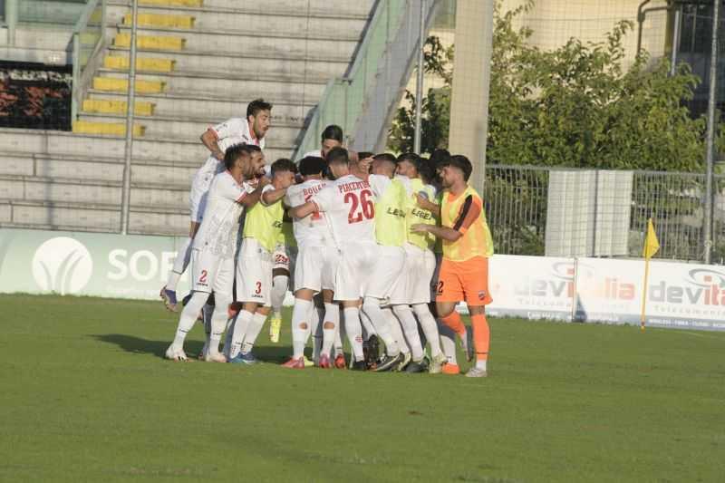 Calcio C, i 24 convocati biancorossi per la gara Teramo-Viterbese di sabato (17:30)
