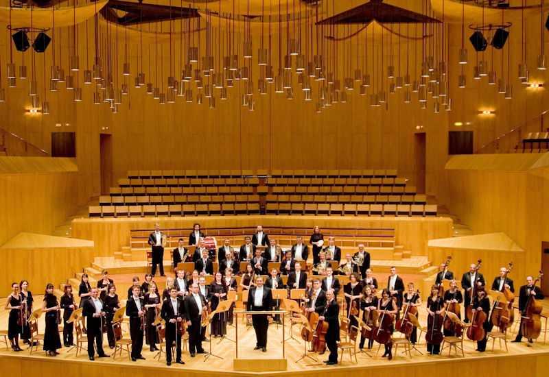 """Inaugurazione in grande per la stagione dei concerti della """"Riccitelli"""": Andaloro e la Sinfonica di Kiev al Comunale di Teramo"""