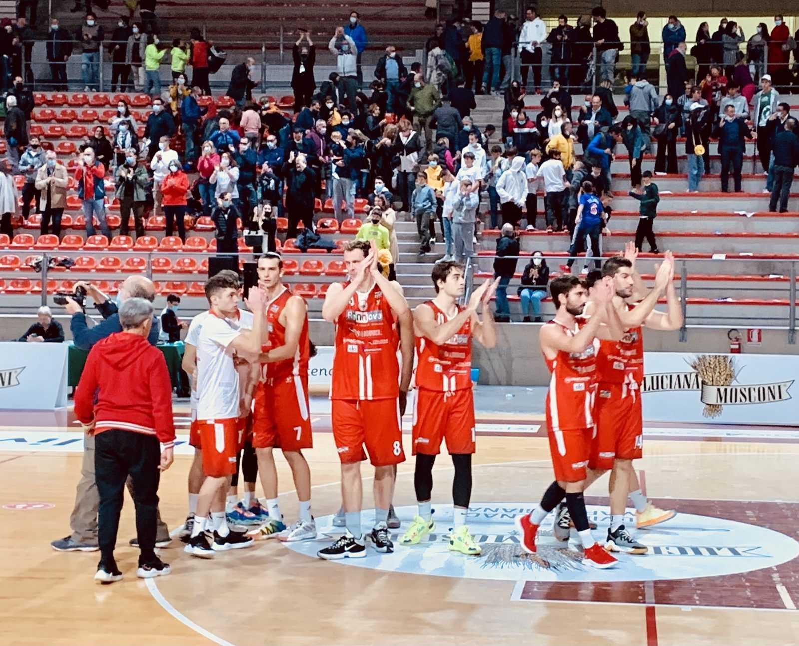 Basket B, la Rennova Tasp cede ad Ancona (58-51) ma Salvemini è soddisfatto e guarda avanti