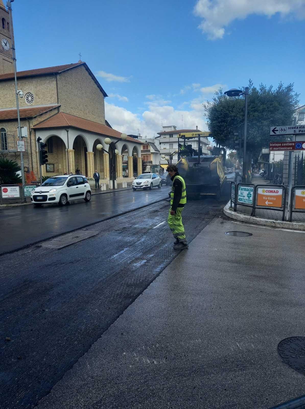 Martinsicuro, partiti i lavori di manutenzione ordinaria in via Roma