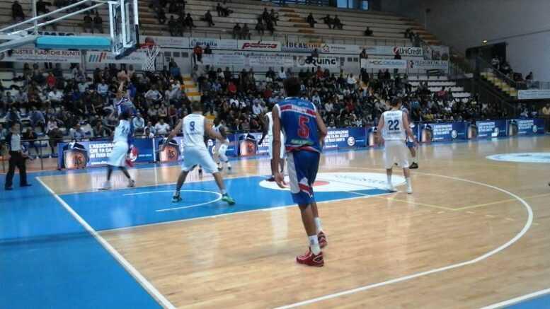 Basket B, la Liofilchem va come un treno: asfaltata Imola (102-74)